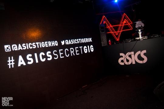 asics-chameleoid-secret-gig-1