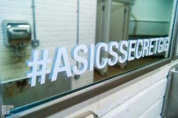 asics-chameleoid-secret-gig-10